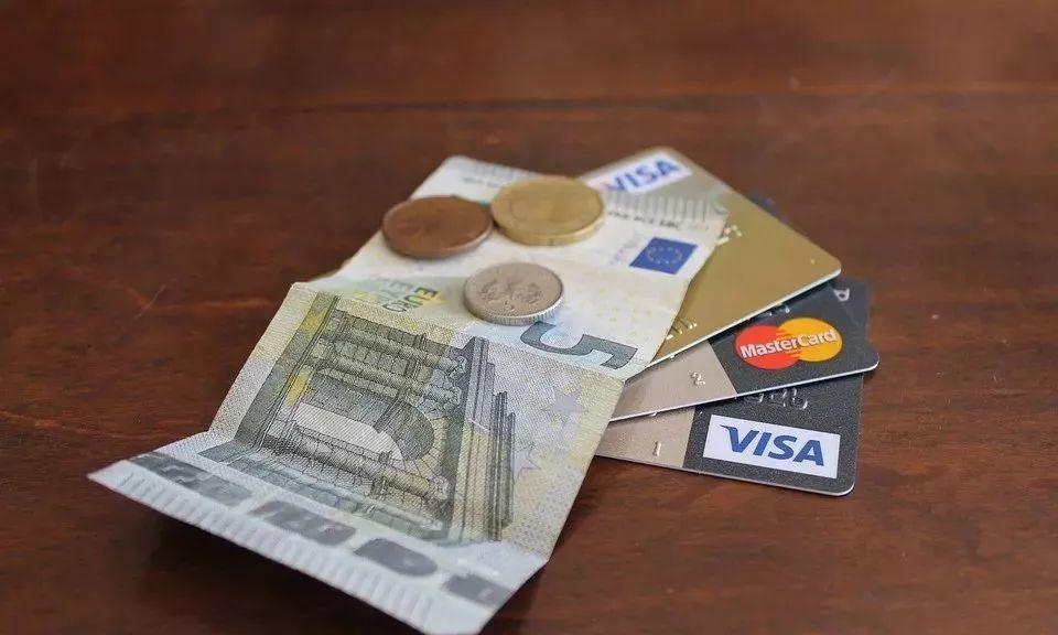 信用卡经常刷从不逾期,为什么不提额?可能是这个原因!